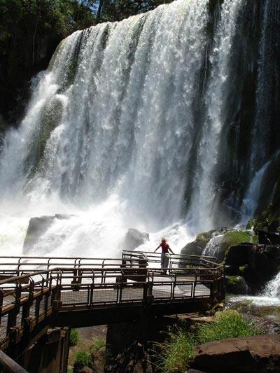 آبشار ایگوازو، یک شگفتی آرژانتینی touristha.ir