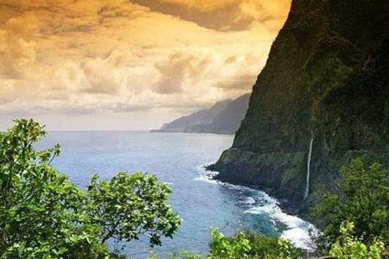 چشم انداز رویایی از آب های اقیانوس اطلس
