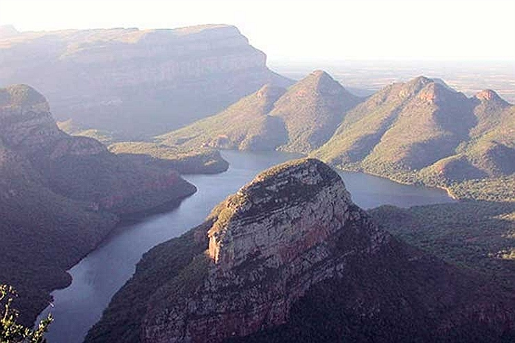 منظره ناحیه مپومالانگا در کشور آفریقای جنوبی.