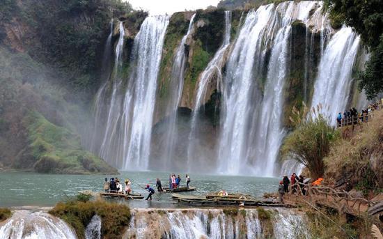بهشت گردشگران در چین