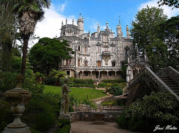 gorgeous-quinta-da-regaleira-palace-sintra-portugal