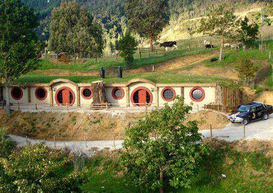 The Hobbit Motel
