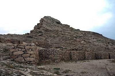 قلعه تاریخی بسطام