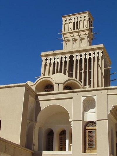 بادگیر خانه تاریخی آقازاده