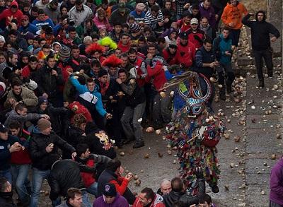 جشنواره پرتاب شلغم هر ساله در اسپانیا