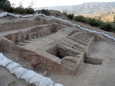 محوطه باستانی چلو