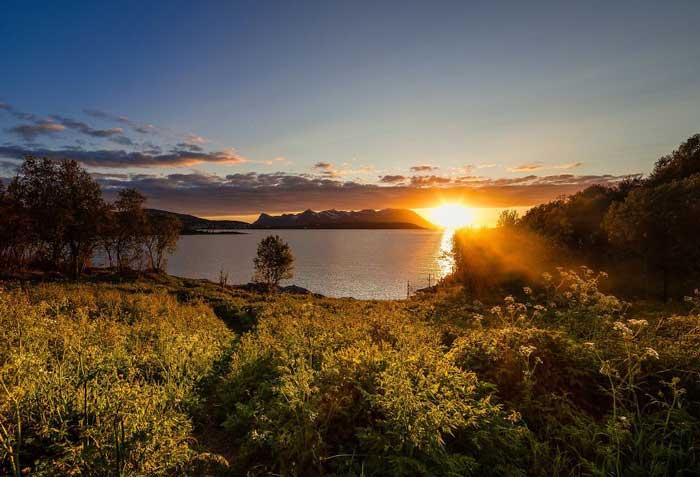 خورشید بالای افق نروژ