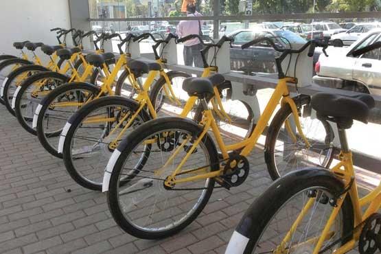 تصویر گردشگری روی دو چـرخ