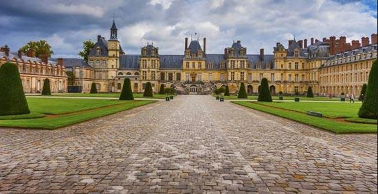 کاخ فونتن بلو، فرانسه