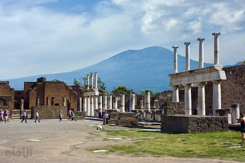 انجمن شهر پمپی-forum_of_pompeii