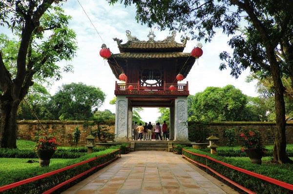 شهر هوشی مین و هانوی- ویتنام-Ho-Chi-Minh-City-and-Hanoi,-Vietnam