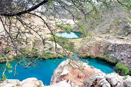 تصویر دریاچه دوقلوی سیاه گاو