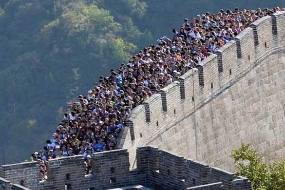 تصویر آجرهای دیوار چین به سرقت رفت